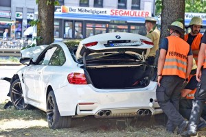 BMW M4 accident
