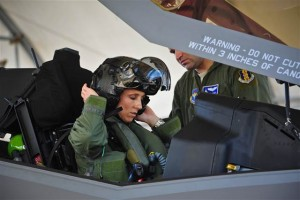 f-35_first_female_pilot